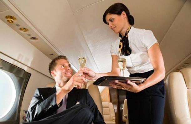 Azafata de vuelo (TCP) Para aviación ejecutiva y vuelos privados